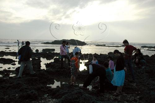 墾丁萬里桐海邊潮間帶寬廣,是戶外教學的好地方。