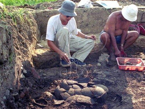 發掘魚寮遺址